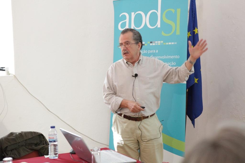 """A APDSI realizou, a 10 de outubro de 2014, o 13.º Fórum da Arrábida subordinado ao tema """"Repensar o Futuro da Sociedade da Informação – A Reforma do Estado"""""""