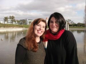 Amélia Muge e Daniela Azevedo no café Linha d'Água