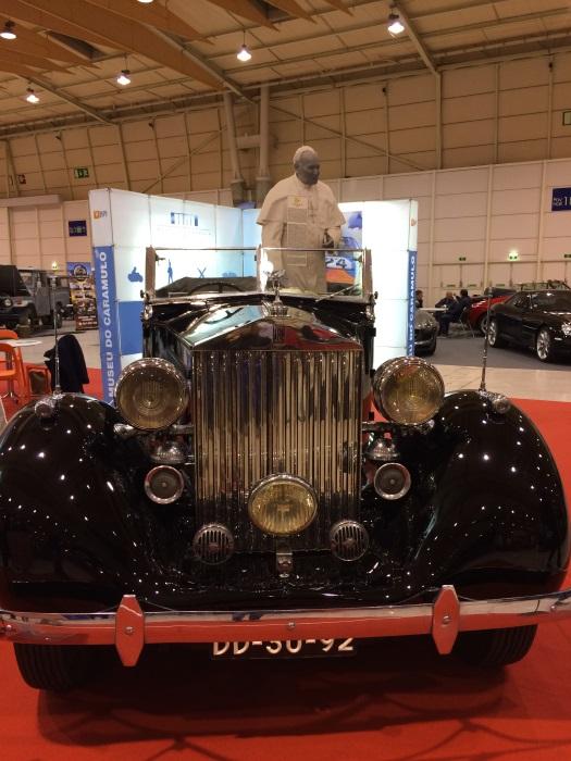 Rolls-Royce Phantom III em que o Papa João Paulo II andou nas suas deslocações a Portugal