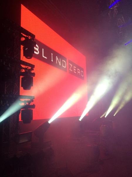 Em cima do palco com os Blind Zero na Avenida dos Aliados