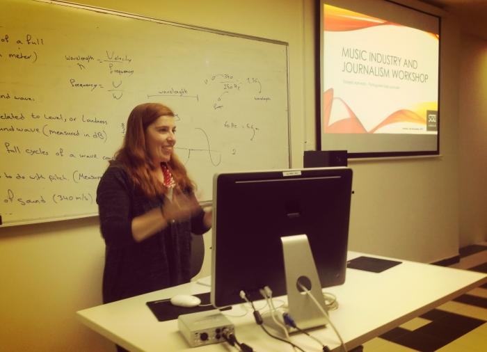 Daniela Azevedo na Sae University