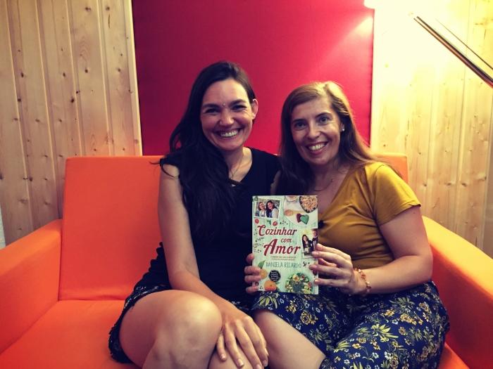 """Daniela Ricardo e Daniela Azevedo no lançamento do livro """"Cozinhar com Amor"""""""