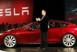 Elon Musk chegou a ser grande entusiasta das motas