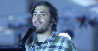 Salvador Sobral ao vivo em Sesimbra fotografado por Anabela Carreira